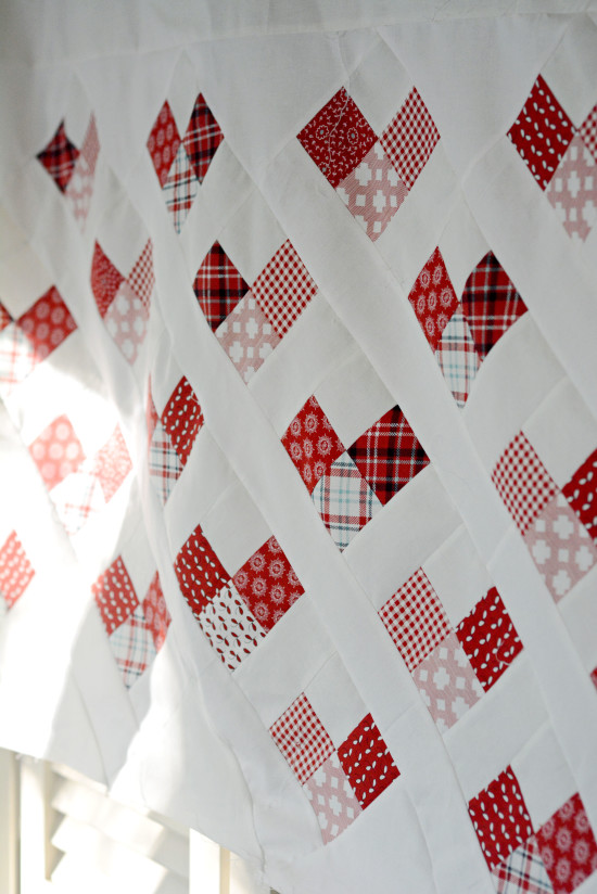 MBS-country-hearts-quilt-sideview